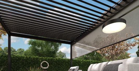 2662_ALUK_veranda's_lounge_CAM_02_LR_met screen
